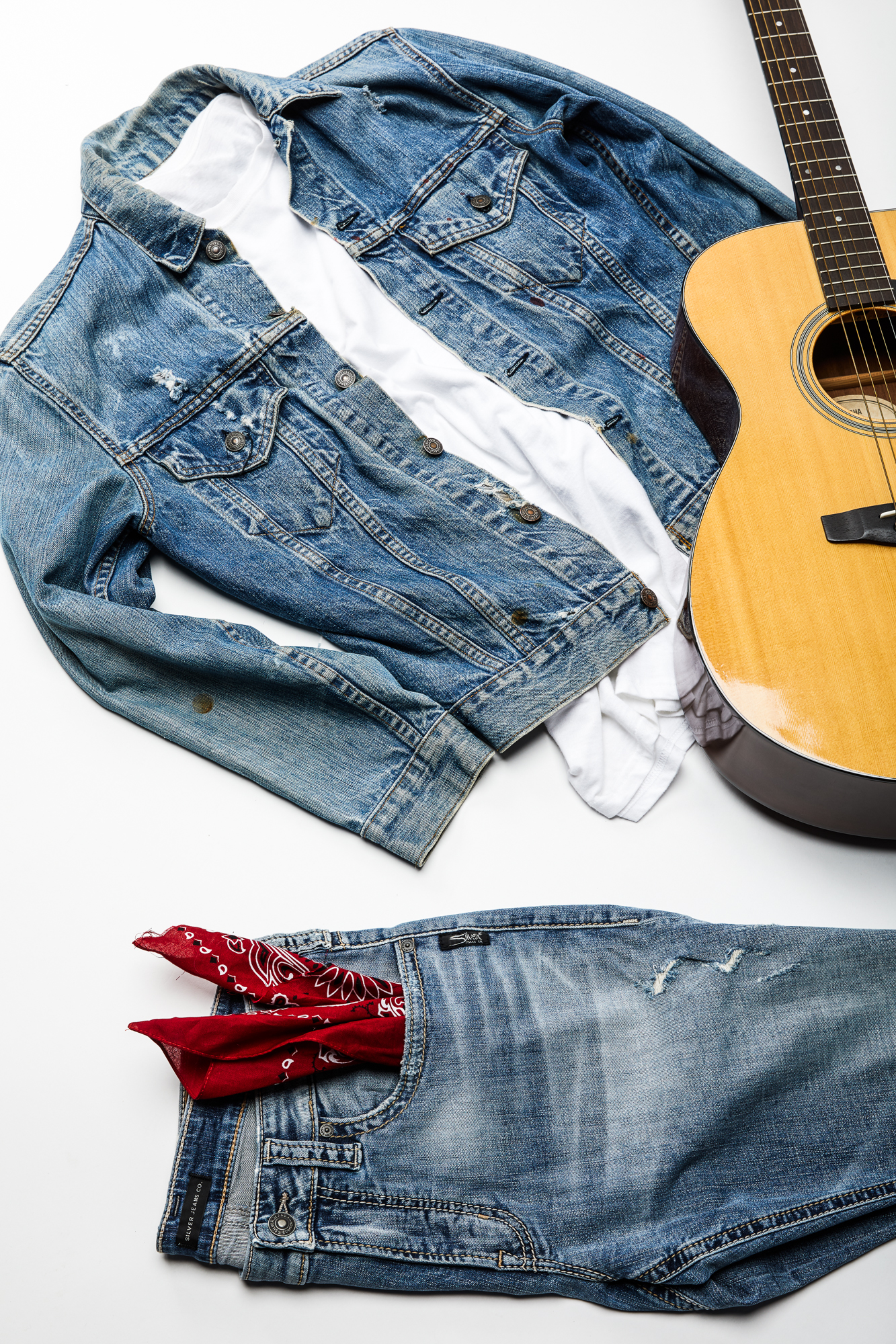diy-denim-halloween-costumes-silver-jeans-co-bruce-springsteen